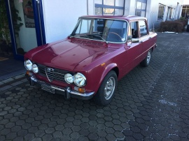 http://www.oldtimer-zentrum.com/admin/functions/thumbnail.php?f=includes/media/galerie/13.JPG&w=270&h=202&q=95