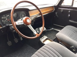 http://www.oldtimer-zentrum.com/admin/functions/thumbnail.php?f=includes/media/galerie/14.JPG&w=270&h=202&q=95
